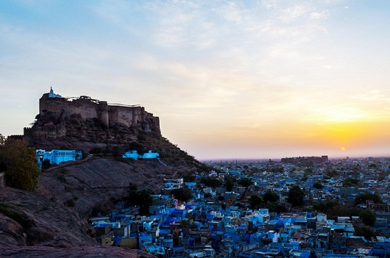 Golden Triangle Tour With Jodhpur – A city with hue of Blue